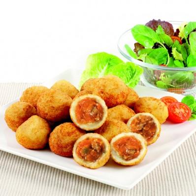 Patatas rellenas de boloñesa